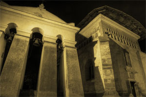 Church-by-night_Suceava_ROMANIA