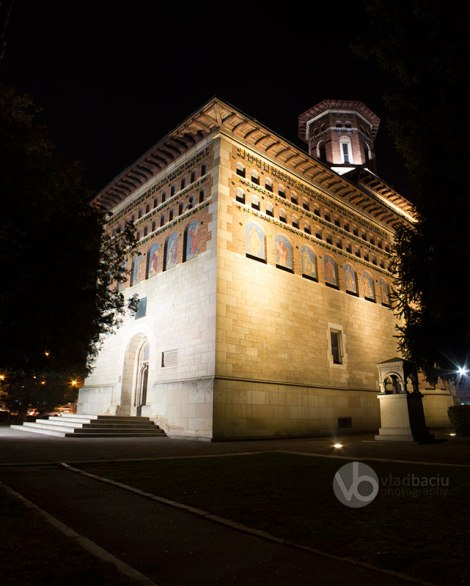 fine-art-photo-for print-Saint-Nicholas-Chuch-by-night_Iasi_ROMANIA