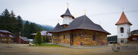 fine-art-photo-for-prints-Petru-Voda-Monastery-in-Neamt-county_ROMANIA