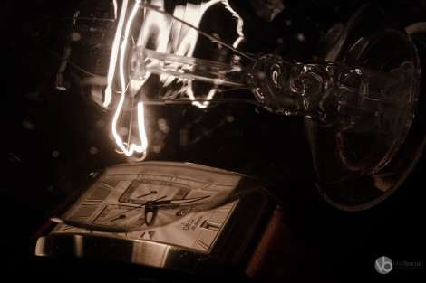 fine-art-photos-for-print-Orient-watch-and-light-bulb-close-up_01