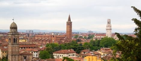 Verona-panorama-with-Saint-Anastasia-tower-and-Verona-Cathedral-Tower