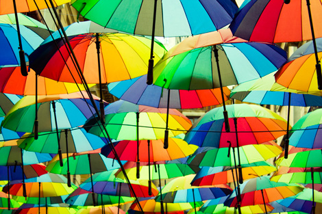 roof-made-from-colorful-umbrellas